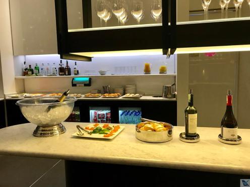 Sala VIP - LATAM - BOG - Buffet (1)