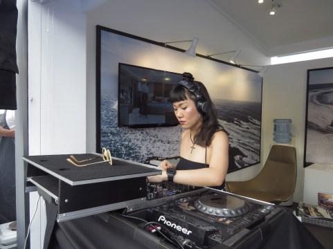 DJ AKA 5