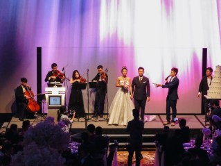 String quartet, the couple and the emcee