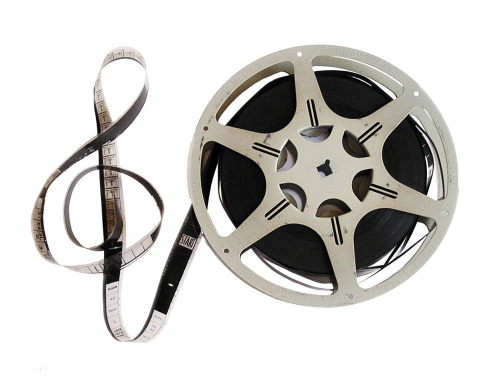 f006f1-20130825-film-score