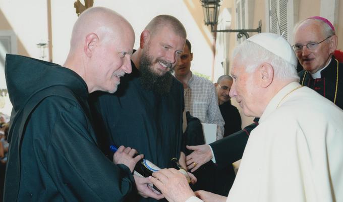 Una cum Papa nostro
