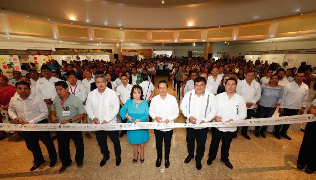 carlos-joaquin-inauguracion-2a-feria-de-empleo-06