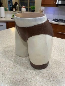 Chocolate com forma das Coxas da Megumin