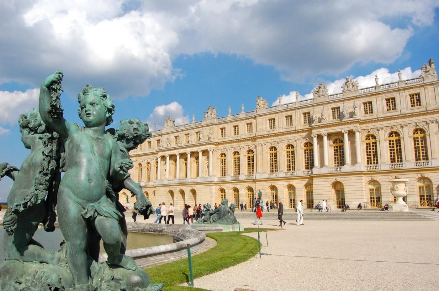 Un pequeño ángel en Versalles. Wikimedia Commons