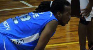 El jugador Reque Newsome se integrará a los Leones en el inicio de la postemporada.