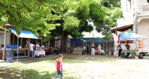 El Mercado Agrícola Natural ubica en la calle Aurora en Ponce. (Voces del Sur)