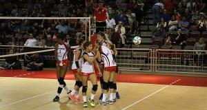 Las Leonas de Ponce son las subcampeonas de la Liga de Voleibol Superior Femenino. (Voces del Sur)