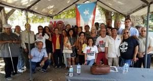 Los integrantes del Campamento contra las cenizas de carbón posan junto a sus abogados y a los visitantes de la Asociación Nacional de Abogados de Estados Unidos. (Facebook / Vive Borikén Puerto Rico)