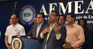 El gobernador Ricardo Rosselló Nevares ofreció una rueda de prensa para comunicar los preparativos ante el paso del potencial huracán María. (Facebook / Ricardo Rosselló)