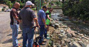El alcalde de Adjuntas inspeccionó los daños provocados en su pueblo por el paso cercano a la isla del huracán Irma.