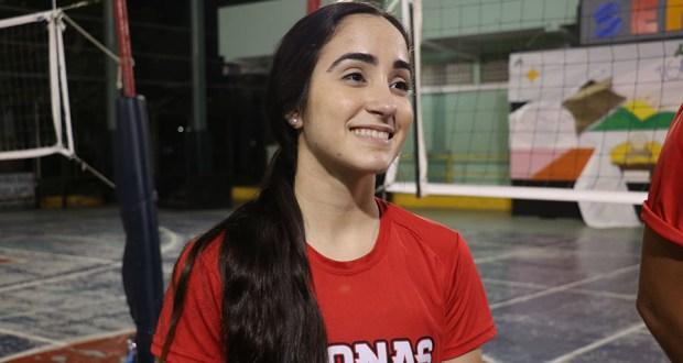 Valeria León debutó en el Voleibol Superior Nacional con las Leonas de Ponce.