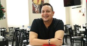 El cantante ponceño Omar Vázquez presentará un Tributo a José José en el Café Teatro Proscenium en Ponce. (Voces del Sur)