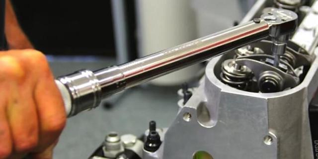 Үйде өз қолыңызбен динамометр кілті: суреттер