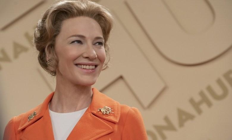 Cate Blanchett w roli Phyllis Schlafly w serialu Msr. American w HBO GO