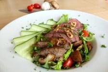 salade met biefstuk