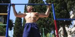 Close grip of wide grip bij fitness oefeningen?