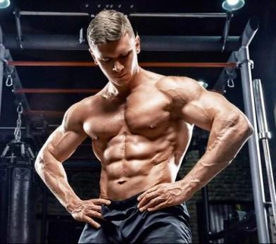 binnenkant borst trainen