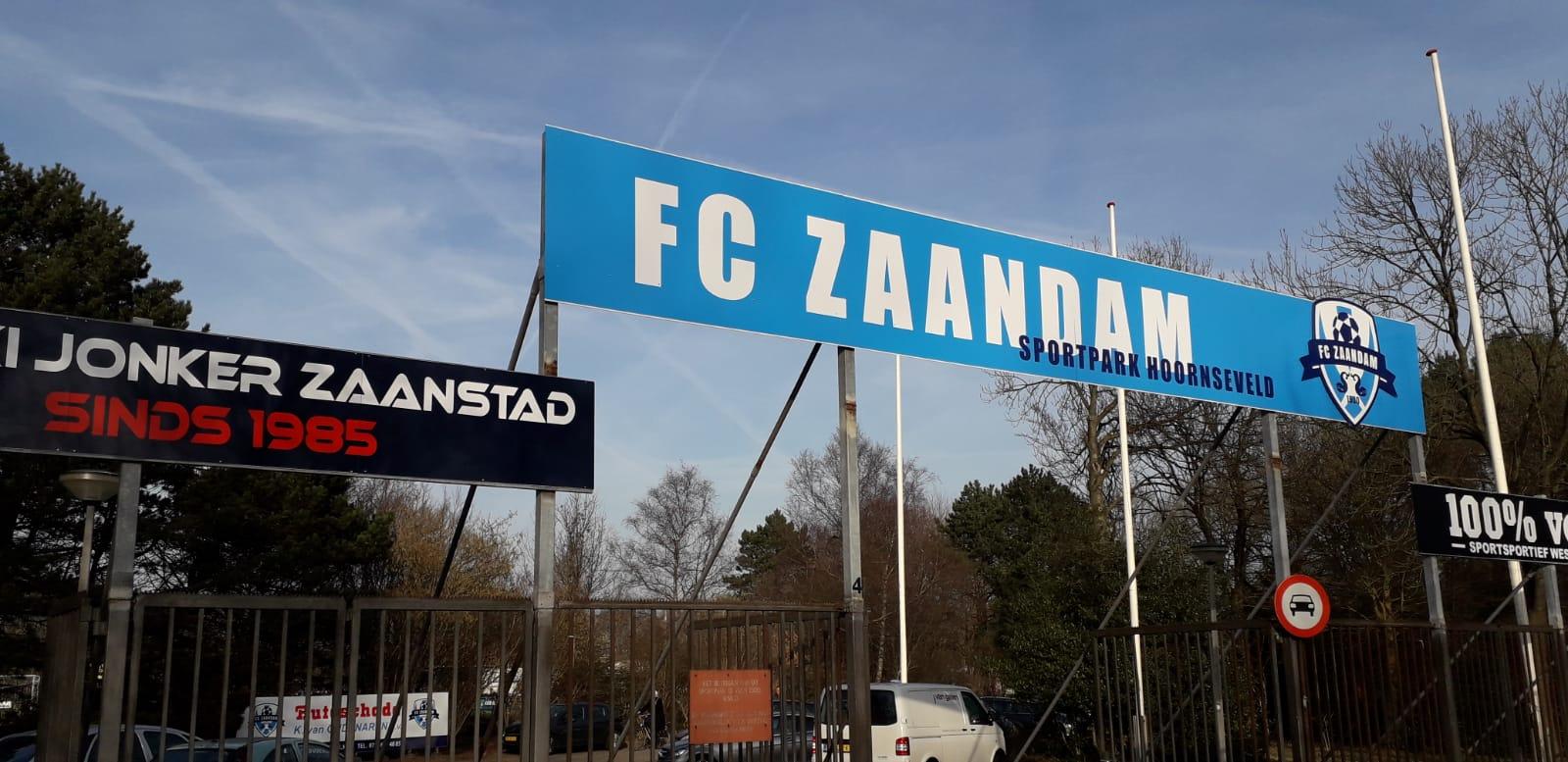 Speler Alkmaarse Boys overlijdt op veld FC Zaandam