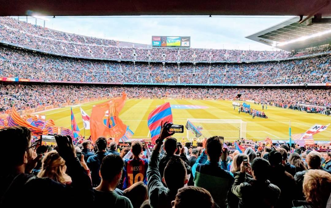 Tijdens je voetbalreis naar Barcelona mag een bezoek aan het Camp Nou niet ontbreken! Ook is RCD Espanyol een uitsteken voetbalploeg om te bezoeken.