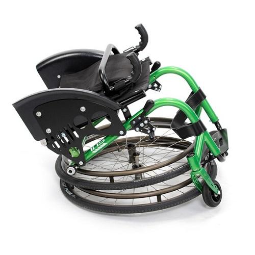 Сгъната активна инвалидна количка IRIS X1