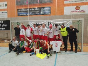 Neustadt nimmt den Cup mit nach Hause