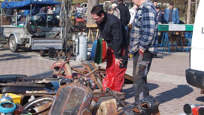 Oldtimer Ersatzteile Markt des Historischer Rennsportclub Greiz-Neumühle e.V. in Neumühle