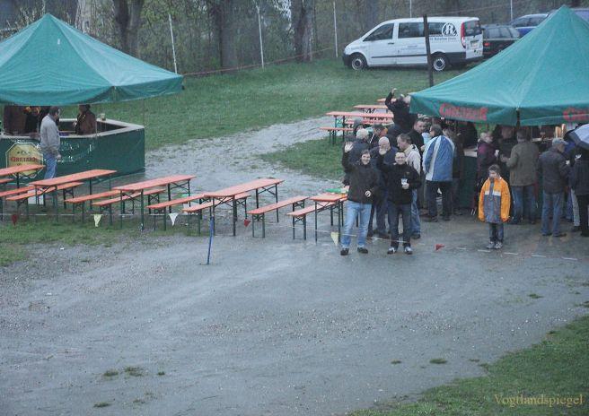 Maifeuer des RSV Rotaion Greiz an der Jahnturnhalle Greiz