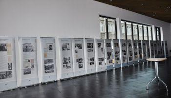 """Ausstellung """"Wir haben die Machtfrage gestellt"""" in Vogtlandhalle Greiz"""