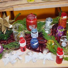 Lichter-und Weihnachtsmarkt lud ins Kinderhaus Am Elsterufer ein