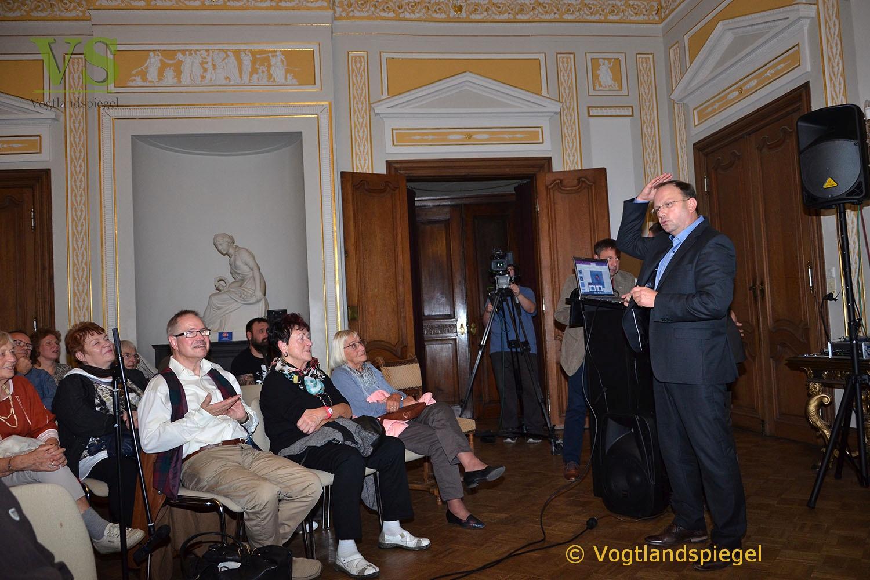 Astronomische Gesellschaft Greiz präsentiert fliegende Schatten, Diamantringe und emotionale Infernos