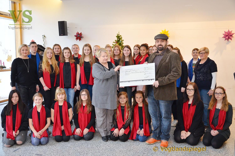 Regelschule Pohlitz: Fach DUG freut sich über Spende von Stephan Roth