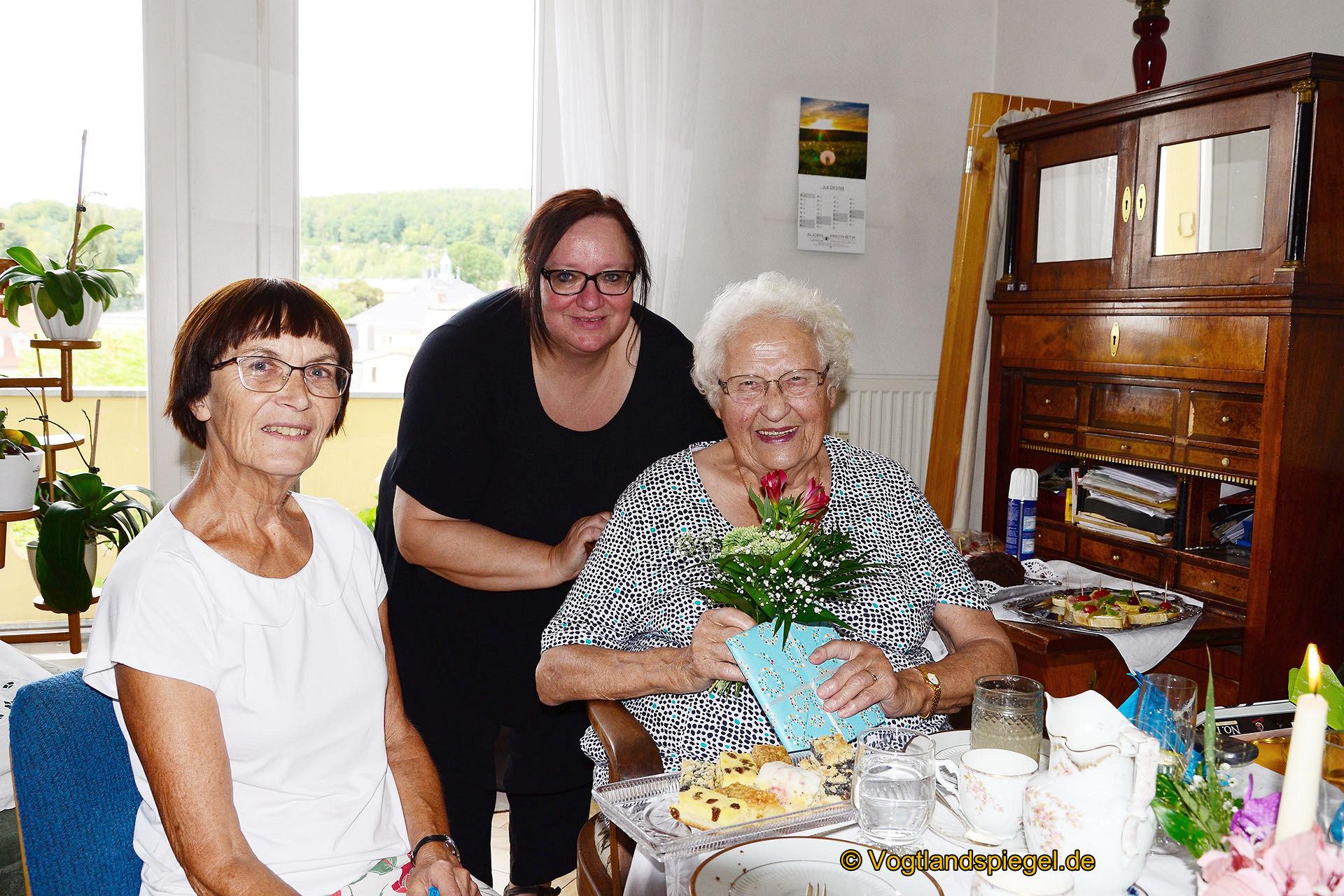 Irmengart Müller-Uri: Alle guten Wünsche zum 91. Geburtstag