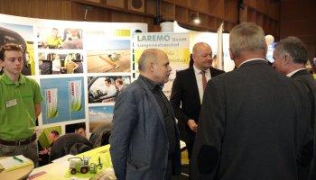 Gut 50 Unternehmen präsentierten sich am Samstag in der Vogtlandhalle Greiz.
