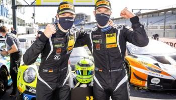 Das Porsche-Duo Ammermüller/Engelhart holt den Titel beim ADAC-GT-Masters