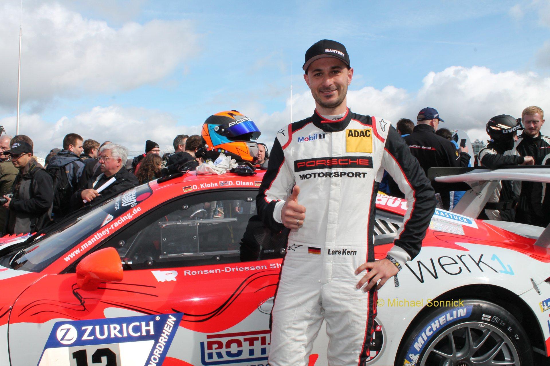 Das Manthey-Racing Team startet mit dem Grello-Porsche auf dem Nürburgring