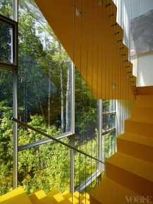 Vibrant yellow paint turns the staircase into a feature in itself. From 'Up in the Air' on page 133. Photograph by Richard Powers.