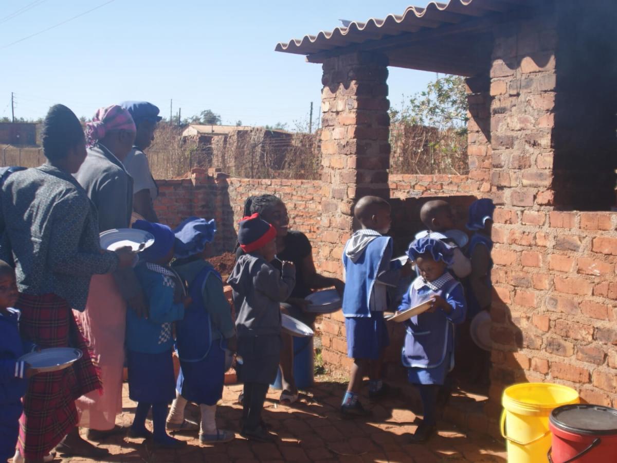 kids at feeding program