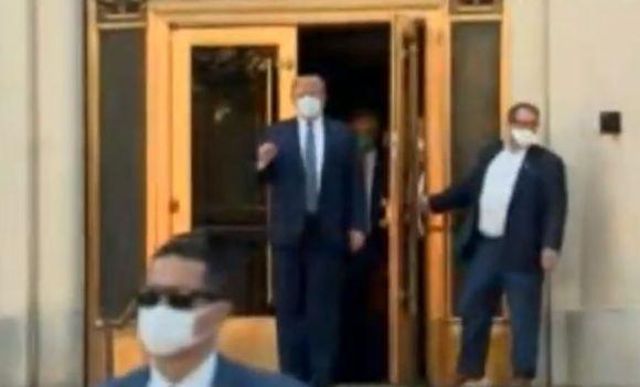 Trump walter reed hospital exit still covid positive