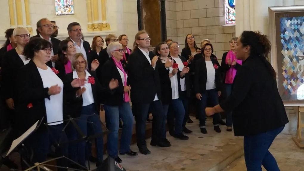 Les choristes de Voice for gospel ont fait vibrer les murs de l'église.