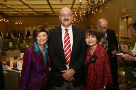 Drs. Carmen Tafdolla, Bruce Akright and Dr. Maria Ferrier