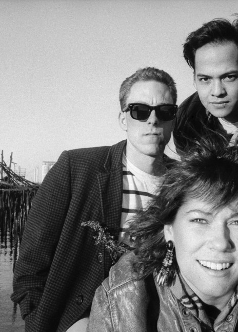 Pixies Two Documentary's: On The Road, 1989 & LOUDquietLOUD, 2004