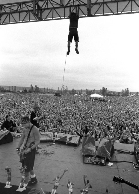 Eddie Vedder Hanging From The Rafters  Photography By Lance Mercer &  A Brief Breakdown Of Their Historic Rise