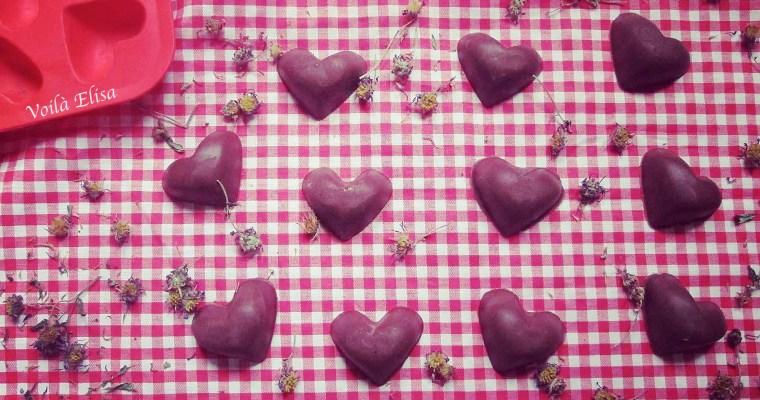 Bombones crudiveganos de chocolate negro y avellanas