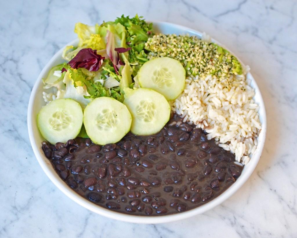 arroz-frijoles-negros-version-saludable