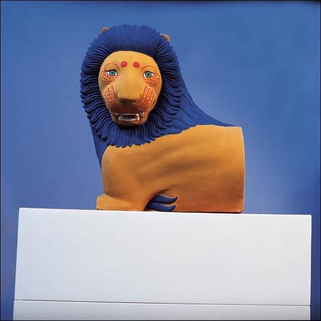 true-colors-of-greek-statues-lion-from-loutraki.jpg