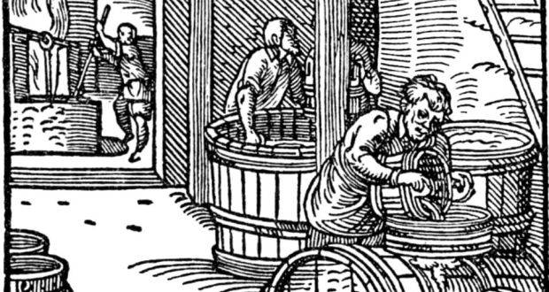 beerbrewer_16_century.jpg