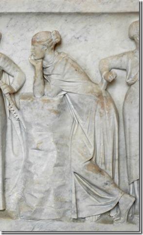Polymnie, Muse de la Rhétorique, sarcophage du Louvre