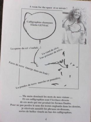 Eliette expose ses calligraphies chamanes.