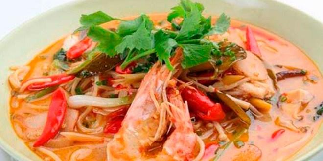Тайский суп с креветками