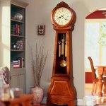 Обустраиваем интерьер: как подобрать настенные часы